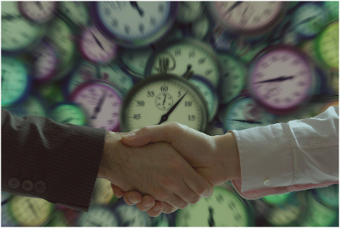 handshake-businessmen-clock-concept-6135752